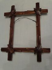 VINTAGE TRAMP ART CARVED WOOD PICTURE FRAME ARTS & CRAFT