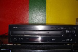 Denon LA 2300 A LaserDisc