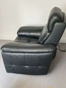 Lay-z Boy Leather Recliners
