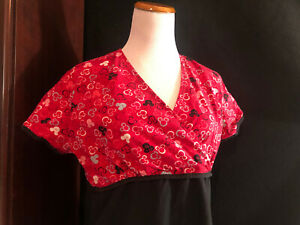 Scrubs Scrub Top Disney Mickey and Minnie Mouse Ears Small S Red Black (H137)
