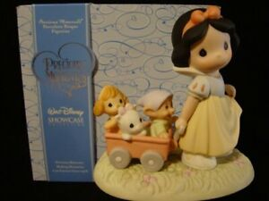 Precious Moments-Disney Showcase Collection-Snow White/Dwarfs-Heigh Ho