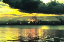 PHOTO  GRANGEMOUTH OIL REFINERY FROM CULROSS FIRTH OF FORTH