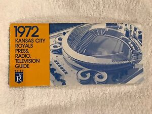 VINTAGE Kansas City Royals 1972 Press Media Guide, Kaufman Stadium, VERY NICE!!