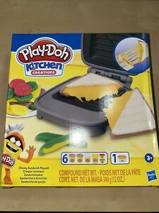 Play-Doh Kitchen Creations Cheesy Sandwich Play Food Set with Non-Toxic