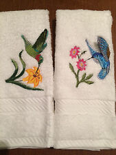 Set of 2 Embroidered Cotton Hand Towels Applique 3D Hummingbirds USA