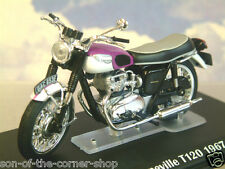 DETAILED IXO DIECAST 1/24 1967 TRIUMPH BONNEVILLE T120 MOTORBIKE PURPLE/WHITE