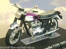 DETAILED IXO DIECAST 1/24 1967 TRIUMPH BONNEVILLE T120 MOTORBIKE PURPLE/WHITE