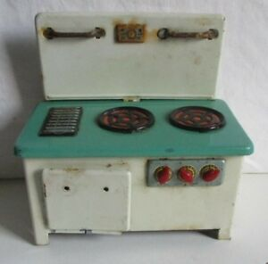 vintage tin toy dolls cooker 14.5cm tall 14cm wide  #S4