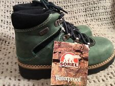 Sorel Childrens Youth Hiker Suede Boot- Size 2 Canada/USA