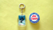PORTE CLE + BADGE ALLEZ FRANCE ANORAK OLYMPIC JO 68 GRENOBLE JEUX OLYMPIQUE 1968