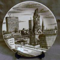 """Collector Plate BERLIN BLEIBT BERLIN - Bavaria Mint Condition 7.75"""""""