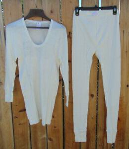 East German NVA cotton long john top & bottoms set,M,L& XL Grade 1,free shipping