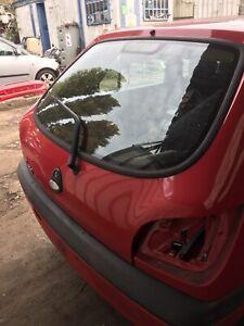 Fiesta Mk5 Red Tailgate