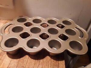 Nordic Ware Petite Popover Pan Makes 12 ~ 1/4 Cup Each ~ Cast Aluminum