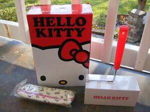 HELLO KITTY SANRIO NEW LINT CAR OR ROOM CLEANER & LEISURE LIFE PENCIL CASE SET