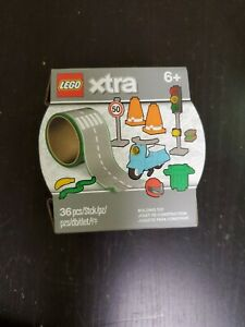NEW Lego Xtra Road Tape Accessory Set  Moped, Traffic Light, Road Signs 854048