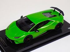 1/18 MR Collection Lamborghini Huracan Performante Mantis Green Carbon Base