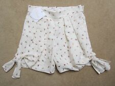 Chloé White with Gold Embroidery Side Tie Shorts. Size 36 FR (UK 8) BNWT