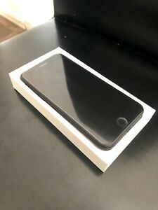 Apple iPhone SE - 128GB - Space Grey (Unlocked) A1723 (CDMA   GSM)
