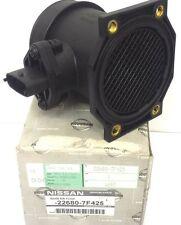 A estrenar genuino Nissan Primera Terrano Flujo de Aire Sensor Del Medidor de masa 226807F425