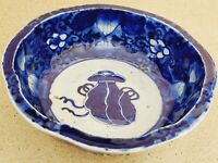 Asian Japanese Porcelain Blue and White Footed Bowl 8.5'' W ~ 3'' T