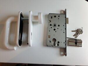 KARIBU Panikschloss Set weiß mit 3 Schlüsseln mit Drückergarnitur