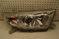 2011 2012 2013 Toyota Highlander Right RH Side Halogen Headlight OEM