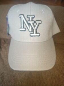 CITY OF NEW YORK NY EMBROIDERY BASEBALL CAP HAT ADJUSTABLE Gray w black