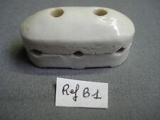 1 isolateur ancien 3 fils en porcelaine 52 mm par 24 mm ( réf B1 )