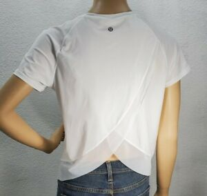 Women's Lululemon Quick Pace Short Sleeve White Cropped Shirt Top size 6