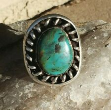 VINTAGE TURQUOISE / STERLING SILVER RING - SIZE 7 -