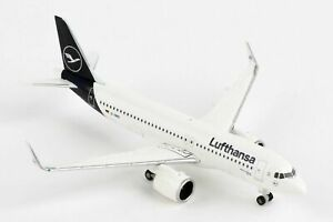 Herpa Wings 533386 Lufthansa Airbus A320neo New Livery 1/500 Scale Diecast Model