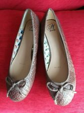 BRAND NEW - MANTERAY - BROWN FLAT SHOES - SIZE 8