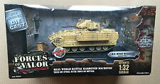 Unimax Forces of Valor 1:32 U.S. m3a2 Bradley réservoir + Action Figure ~ BAGDAD 2003