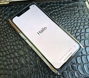 BellPerre Uniq Luxury Mobile Phone iPhone 11Pro Crocodile Leather RP$4990 Vertu