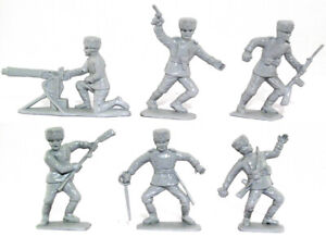 Charbens Recasts - 6 WWII Russian Infantry - 60mm unpainted plastic