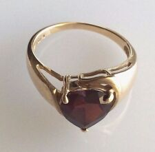 "10k Ladies Garnet Heart Ring ""SEE PHOTOS-A Very Nice Ring!!"