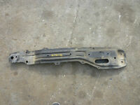 98 99 00 01 02 TOYOTA COROLLA FRONT ENGINE SUBFRAME CROSSMEMBER CRADLE @R1
