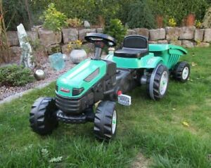 Kindertraktor Active Pedale Traktor Grün mit Anhänger, verstellbarer Sitz