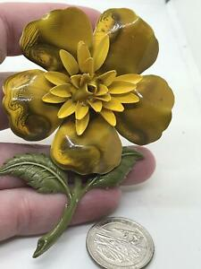 Sunflower Yellow Metal Vintage  Pin Brooch D-5316
