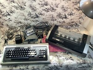 Radio Shack trs-80 Microcomputer System, 26-1006D; POWER CORDS printer POWERS ON