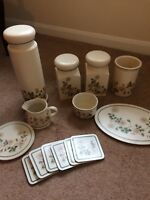Marks And Spencer Vintage Autumn Leaves Selection Of Kitchen China/Bits