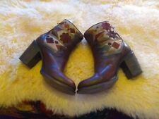 Freebird disco boots blanket tapestry size 10 boho burgendy