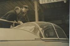 Le Prince Bernard des Pays-Bas au Salon de l'Aviation à Paris Vintage silve