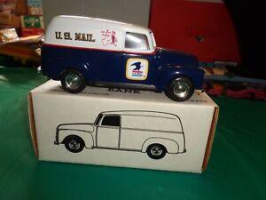 Ertl U.S. Mail 1950 Panel Truck Die Cast Bank W/Key 1:25 Scale 7642 NIB