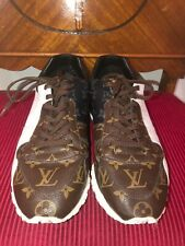 LOUIS VUITTON RUN AWAY MONOGRAM SNEAKERS SIZE 8