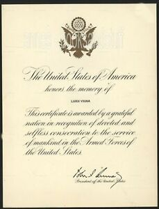1962 Signed Armed Forces Tribute Certificate JOHN F. KENNEDY mailing envelope