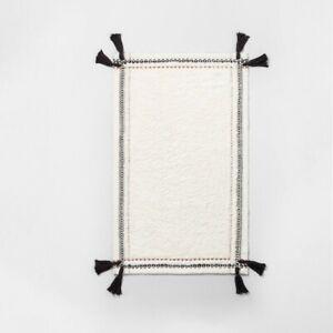 Hearth & Hand Neutral Stripe Bath Mat Bathroom Rug Hand Made 32 X 20