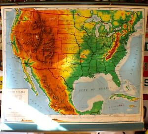 Vintage Nystrom & Company USA Wall Map Pull Down School Classroom Late 1940's