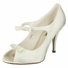 Anne Michelle L2R990 Mujer Marfil Raso Zapatos de Novia Con / Adorno Lazo (R37B)